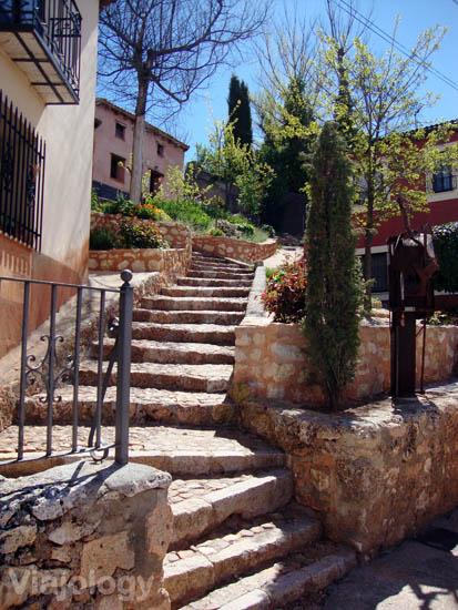 Escaleras a la parte alta de Ayllón