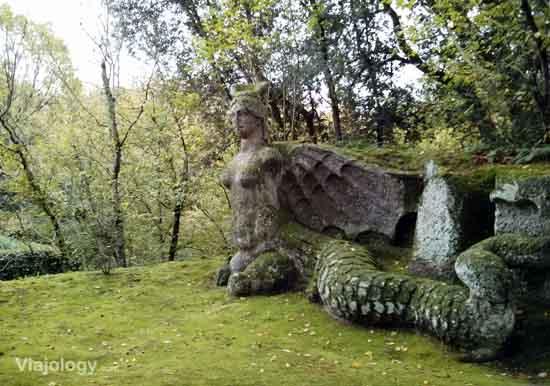 El misterioso parque de los monstruos de bomarzo te for Jardines de bomarzo
