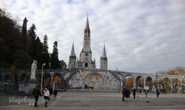 Iglesia de Lourdes en el Sur de Francia