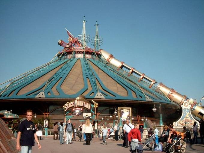 Space mountain Disneyland Paris