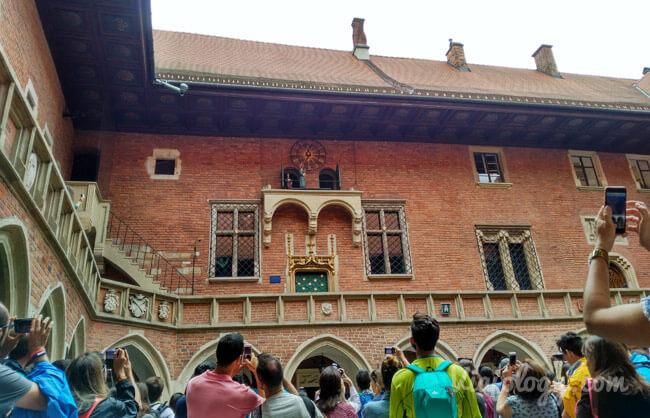 Reloj claustro Colegium Maius Cracovia