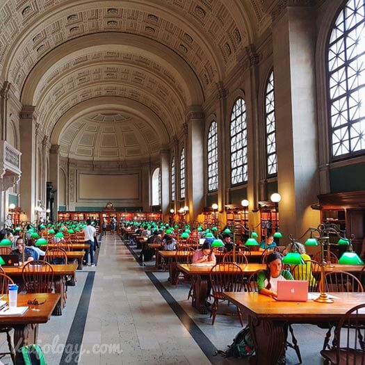 Bates Hall de la Biblioteca Publica de Boston