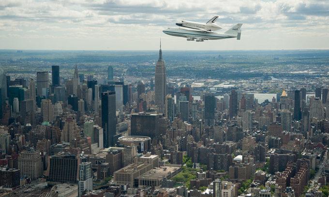 Enterprise sobre la ciudad de Nueva York