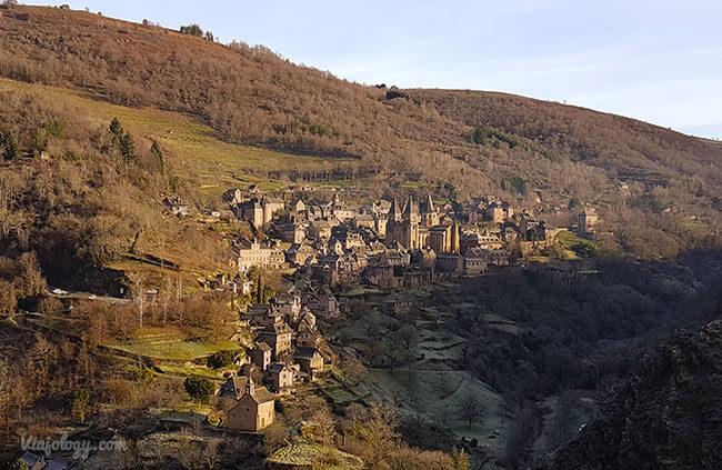 Vistas de Conques desde la colina
