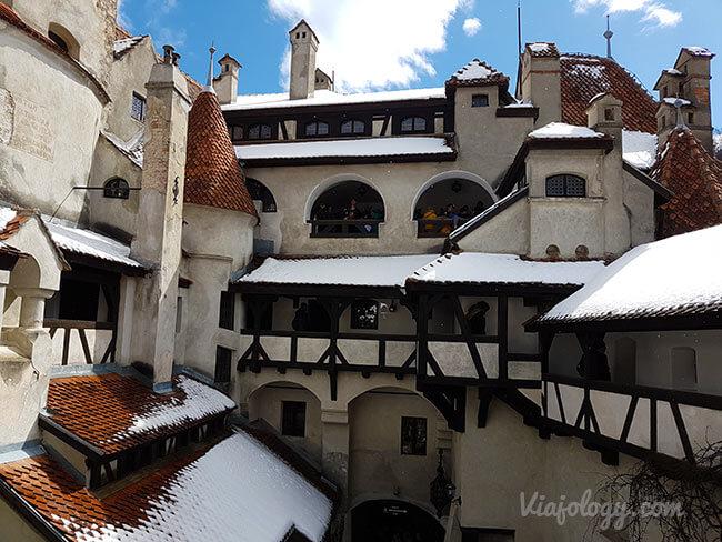 Interior castillo de Bran