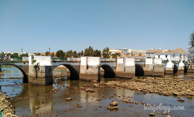 Puente de Tavira