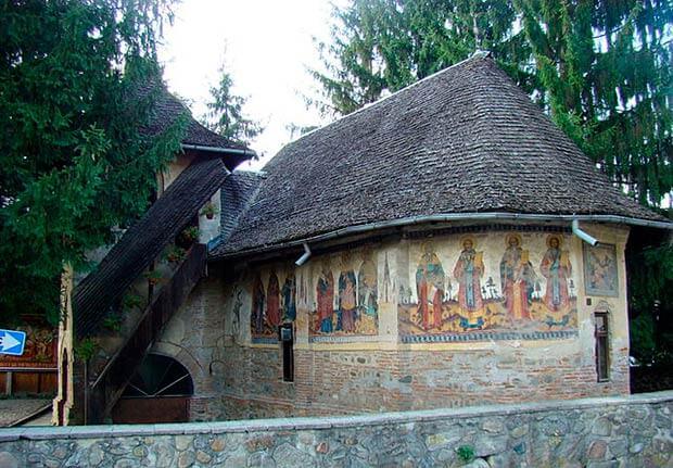 Iglesia Olari de Curtea de Arges