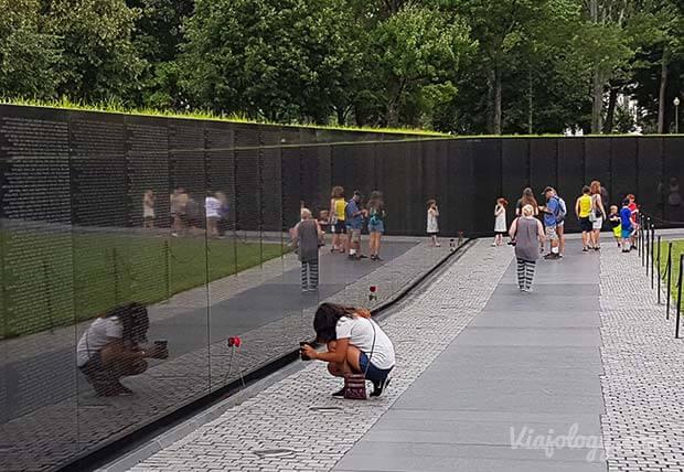 Muro de los caídos en VIetnam