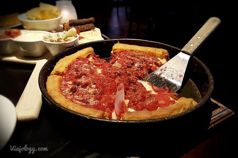 Pizza estilo Chicago