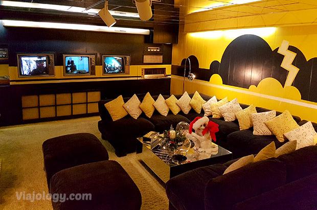 Sala de reunión en el sótano de Graceland