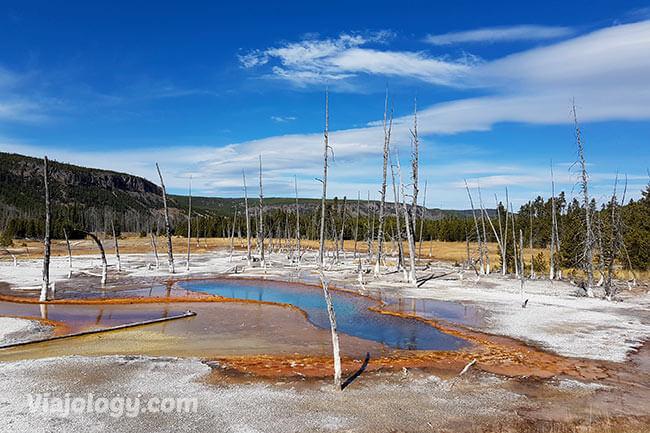 Opalescent Pool en Black Sand Basin