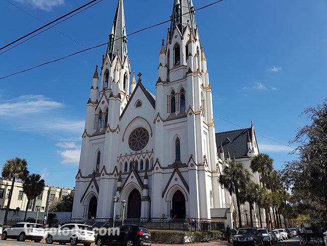 turismo Savannah, Catedral de San Juan Bautista