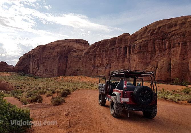 Jeep tour en el Valle de los Monumentos