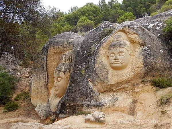 Budas de la ruta de las caras
